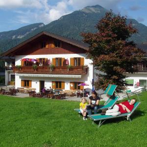 Hotellikuvia: Hotel Gasthof zur Wacht, Strobl