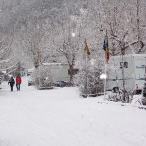 Фотографии отеля: Camping Pla, Канилло