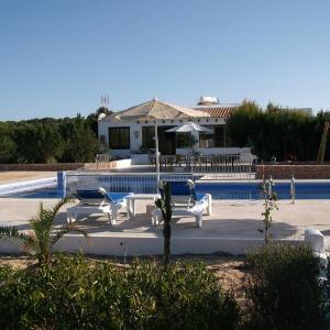 Hotel Pictures: Punta Rasa Formentera Apartments, Cala Saona
