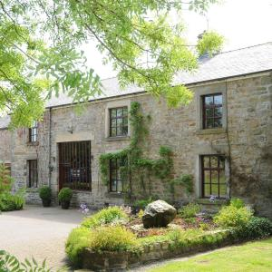Hotel Pictures: Greenbank Farmhouse, Lancaster