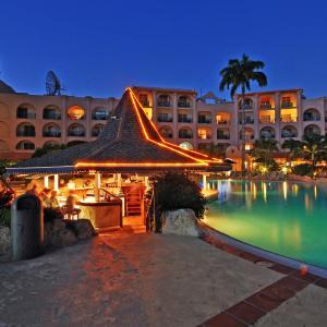 Hotel Pictures: Accra Beach Hotel, Bridgetown