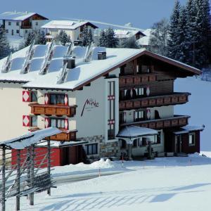 Hotellikuvia: Aparthotel Garni Monte, Kartitsch