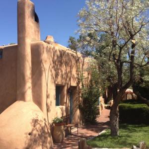Hotel Pictures: Pueblo Bonito B&B Inn, Santa Fe