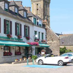 Hotel Pictures: Holiday home Le Chateau, Sizun
