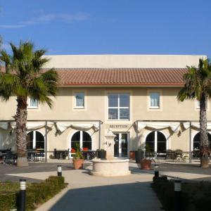 Hotel Pictures: Résidence Jasses de Camargue, Gallargues-Le-Montueux