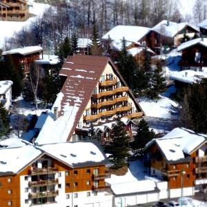 Hotel Pictures: Adret, Les Deux Alpes