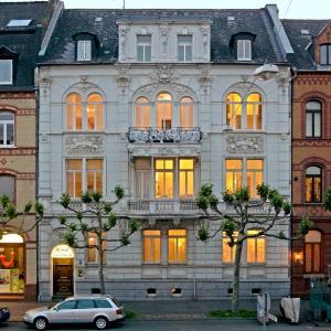 Hotel Pictures: Hotel zum Scheppen Eck, Wiesbaden