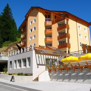 Hotel Pictures: Hotel-Aparthotel San Bernardino, San Bernardino