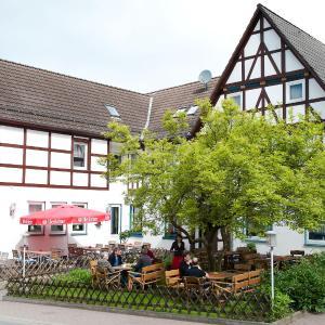 Hotel Pictures: Hotel & Restaurant - Gasthaus Brandner, Trendelburg