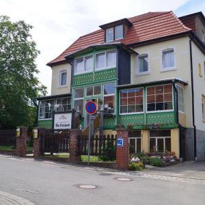 Hotel Pictures: Hotel Am Kurpark, Bad Suderode