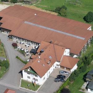 Hotel Pictures: Landhotel Wiesenhof, Heroldstatt
