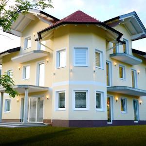 Foto Hotel: Haus Senel, Eben im Pongau