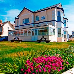 Hotel Pictures: The Snowdon House, Shanklin