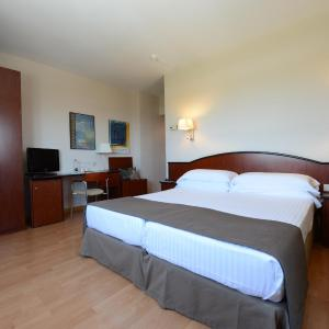 Hotel Pictures: Mercure Augusta Barcelona Vallès, Granollers