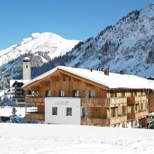 Hotel Pictures: Chalet Anna Maria, Lech am Arlberg