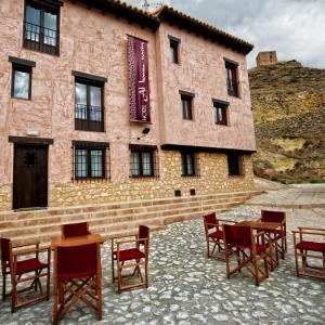 Hotel Pictures: Hotel Albanuracín, Albarracín