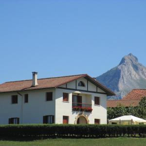 Hotel Pictures: Lizargarate, Lazcano