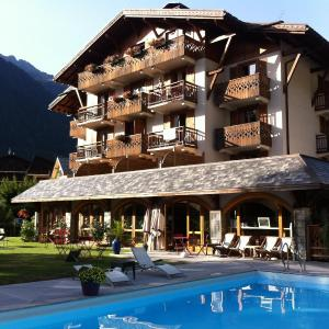Hotel Pictures: Oustalet, Chamonix-Mont-Blanc
