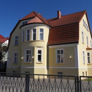 Hotel Pictures: Ferienappartements Rindfleisch, Stralsund