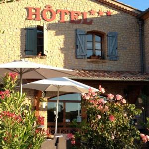 Hotel Pictures: Le Mas De Mon Père, Saint-Jean-le-Centenier