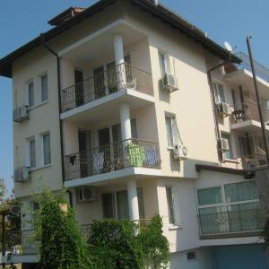 Hotellikuvia: Family Hotel Trakia, Chernomorets