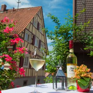 Hotel Pictures: Hotel Restaurant Sonne, Gernsbach