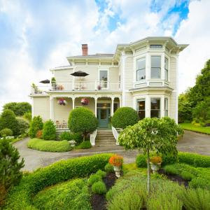 Hotel Pictures: Fairholme Manor Inn, Victoria