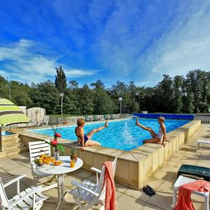Hotel Pictures: Logis Thermal, Saubusse