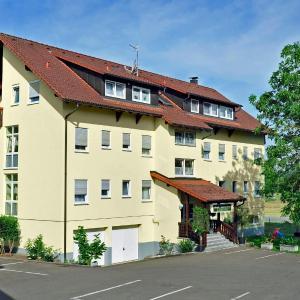 Hotel Pictures: Hotel Tannenhof, Steinen
