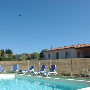 Hotel Pictures: La Villa de Gaelle - Dordogne Périgord, Bussière-Badil