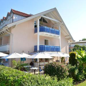 Foto Hotel: Happy House - Das fröhliche Urlaubszuhause, Krumpendorf am Wörthersee