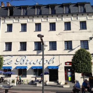 Hotel Pictures: Hotel Le Bristol, Valenciennes