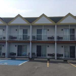 Hotel Pictures: Mon Joli Motel, Sainte-Flavie