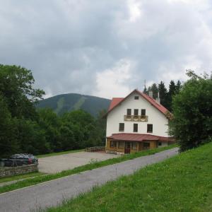 Hotel Pictures: Penzion Černý Petr, Strážné