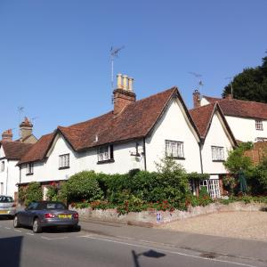 Hotel Pictures: Chimneys, Stansted Mountfitchet