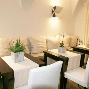 Hotel Pictures: deckerts Hotel am Katharinenstift, Lutherstadt Eisleben