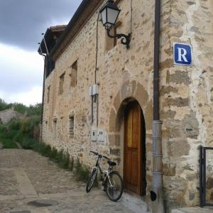 Hotel Pictures: Albergue Rural Yanguas, Yanguas
