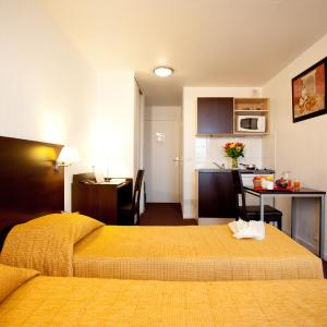 Hotel Pictures: Aparthotel Adagio Access Paris Saint-Denis Pleyel, Saint-Denis
