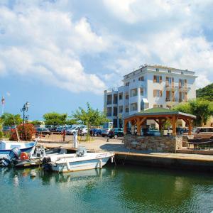 Hotel Pictures: Marina D'oro, Macinaggio