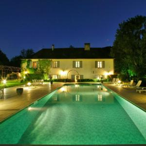 Hotel Pictures: Relais du Silence Le Moulin de Mitou, Auriac-du-Périgord