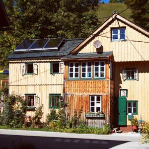 Hotellikuvia: Apartments Steffler, Grundlsee