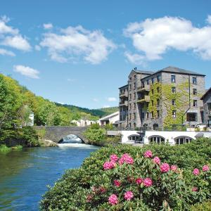 Hotel Pictures: Whitewater Hotel & Spa, Newby Bridge