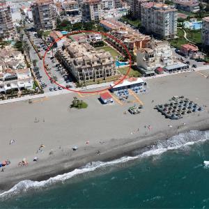 Hotel Pictures: Apartamentos Euromar Playa, Torrox Costa