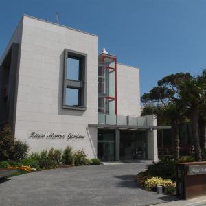 Hotel Pictures: Apartamentos Royal Marina Gardens, Castelldefels