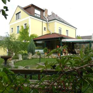 Φωτογραφίες: Chalupub Gästehaus, Felixdorf