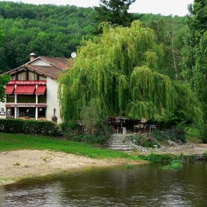 Hotel Pictures: Hotel de La Plage, Saint-Martin-la-Rivière