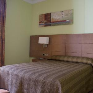Fotos de l'hotel: Hotel 4C Puerta Europa, Madrid