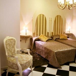 Hotel Pictures: Hostal Mesón Castilla, Sigüenza