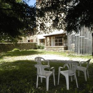 Hotel Pictures: Xalet-Refugi U.E.C., La Molina