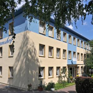 Hotel Pictures: Hotel Bertramshof, Wismar